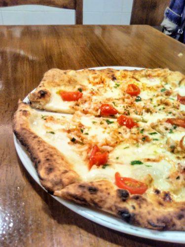 パルテノペのピザ